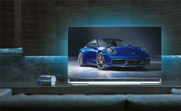 图为飞利浦保时捷设计9000系列电视