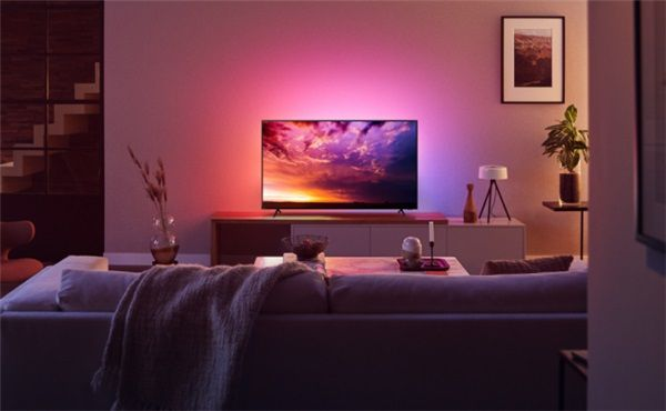 图为飞利浦环景光8500系列电视